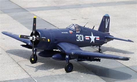 Spectrum 1700 Boat Review by 7 Ch Fms Blue F4u Corsair V2 Rc Warbird Airplane