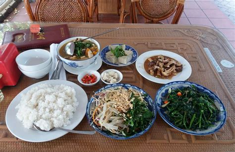 hue cuisine where to eat in hue restaurants in hue