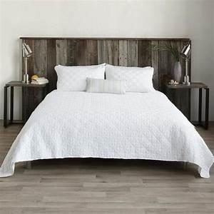 Dessus De Lit Blanc : les 25 meilleures id es de la cat gorie couvre lits sur pinterest dessus de lit couvre lits ~ Teatrodelosmanantiales.com Idées de Décoration