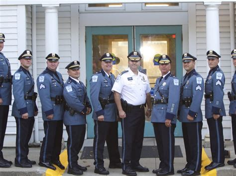 middletown police officers honored middletown ri