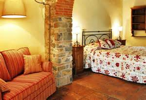 tuscan bedroom decorating ideas pin by julie topping on 39 s ideas for new guest bedroom