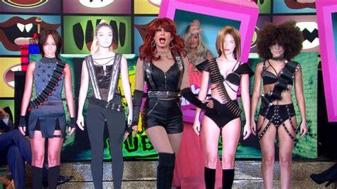 'GMA' Team Competes in Halloween Dubsmash Challenge Video ...