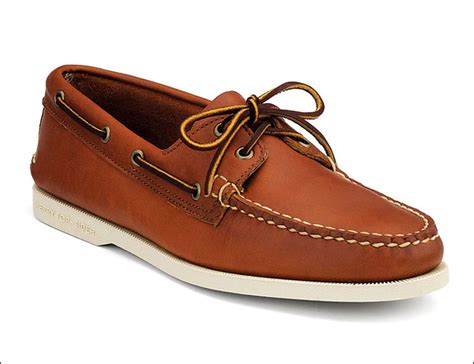 Best Boat Shoes For The Money by Best Made In Maine Boat Shoes Gear Patrol