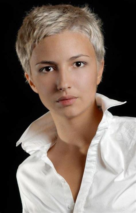 frisuren mit kurzen haaren frisuren haaren kurzen