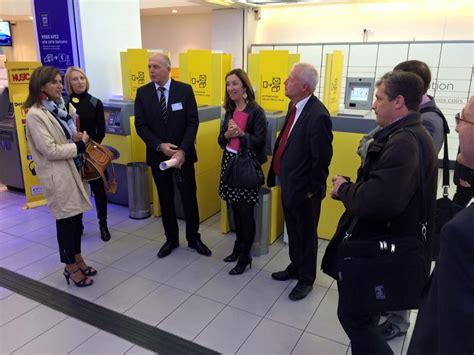bureau de poste 16eme visite avec les membres de la cssppce du bureau de poste