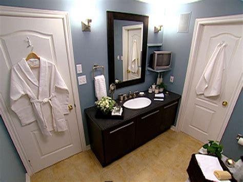 Stylish Caribbean Inspired Bath   HGTV