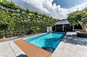 Swimming pool landscaping ideas photos pool design ideas for Swimming pool and landscape designs