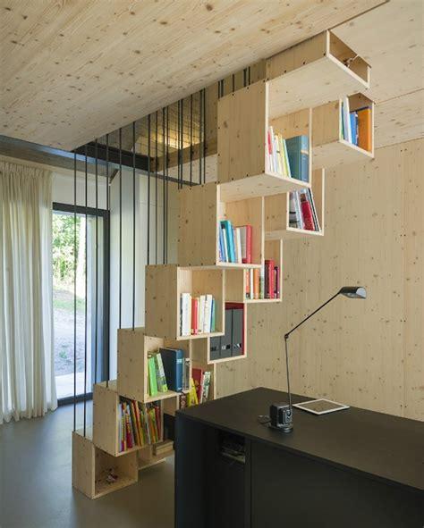 escalier cube pour mezzanine 1001 id 233 es biblioth 232 que escalier des marches et des livres pour s 233 lever