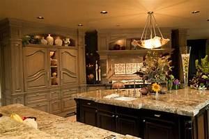 Beaver Lake Estates Residence - Traditional - Kitchen