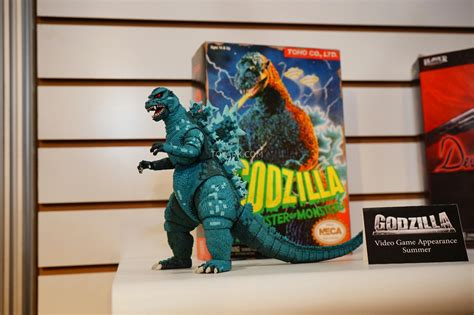 Neca Godzilla And Pacific Rim At Toy Fair 2015