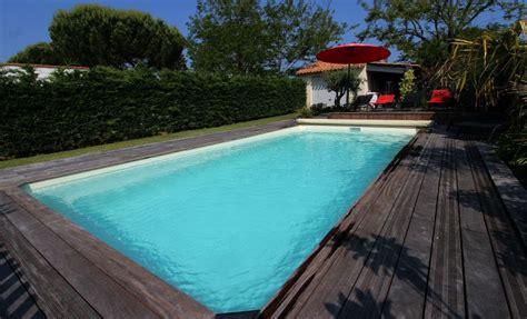 location ile de r 233 maison avec piscine chauff 233 e 224 50 m 232 tres de la plage