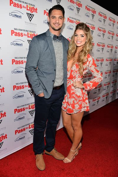 allie deberry  pass  light premieres  hollywood