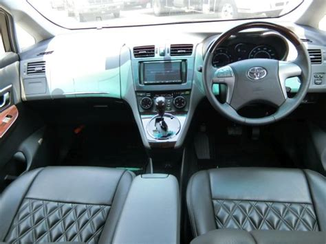 toyota mark  zio  wagon  seater prestige