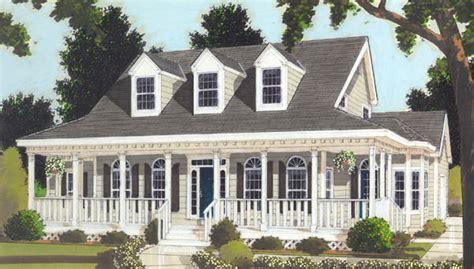 great wrap  porch   bedrooms   baths  house designers