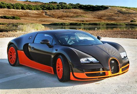 By the way, bugatti does not use the original wheels and underbody on the test drive to ensure that these parts are protected against wear and damage. fast-car: Bugatti Veyron 16.4 Super Sport