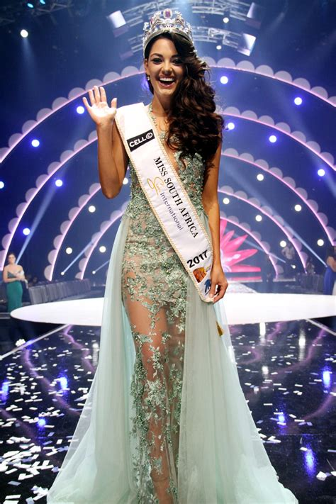 Demi-Leigh Nel-Peters Crowned Miss SA 2017 | People Magazine