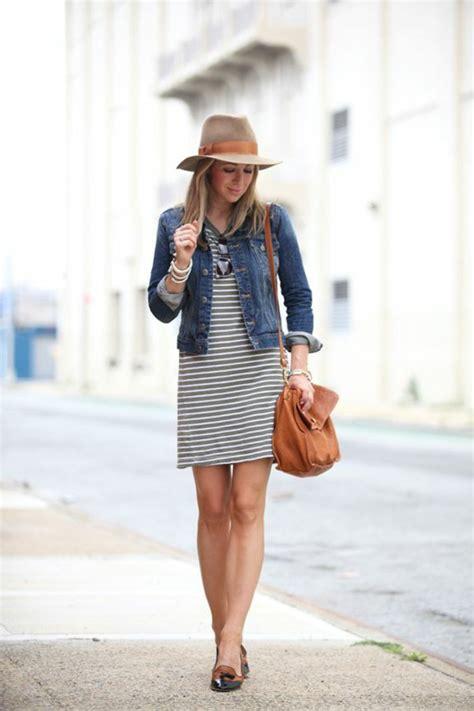 kleid mit jeansjacke 81 coole damen jeansjacke modelle archzine net