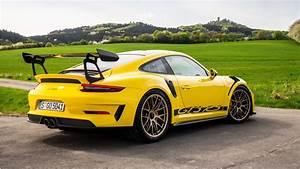 2018 Porsche 911 GT3 RS Weissach Package 4K 2 Wallpaper