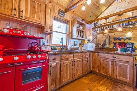 knotty pine cabinets  kitchens