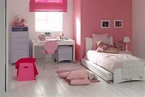 Chambre Fille 4 Ans : chambre fille de 4 ans maj huile introuvable ~ Teatrodelosmanantiales.com Idées de Décoration