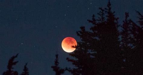 Salah satu mitosnya adalah gerhana bulan terjadi ketika seekor jaguar menyerang dan memakan bulan. Mitos Tentang Gerhana Bulan yang Melegenda