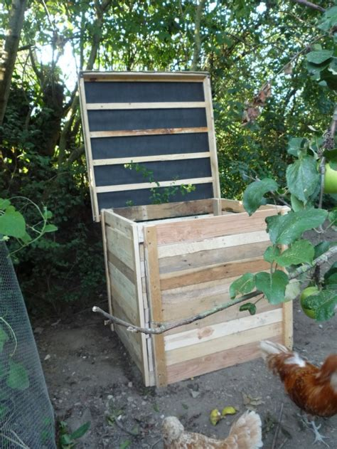 wooden compost bin pallet compost bin ideas pallet ideas recycled 1157