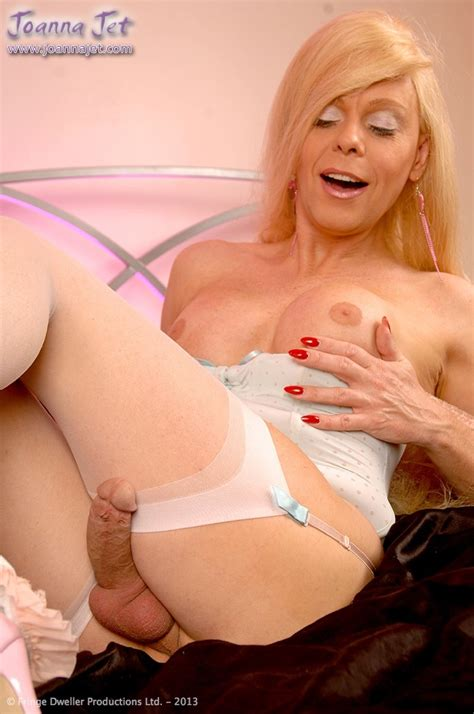 The Official Website Of Shemale Pornstar Joanna Jet