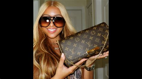 review  louis vuitton favorite mm whats   bag outfit   day youtube