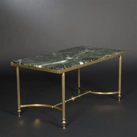 le de bureau laiton table basse en laiton dor 233 et marbre vert vein 233 dans le go 251 t de bagu 232 s 2014050609 expertissim