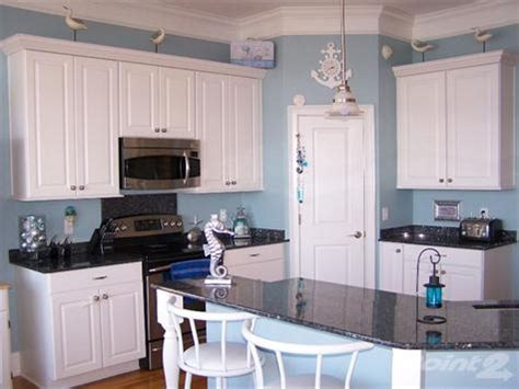 crown moulding above kitchen cabinets crown molding in kitchen above cabinets home renovation 8513