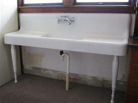 antique cast iron kitchen sink 1926 white porcelain cast iron kitchen farm sink vintage 7467