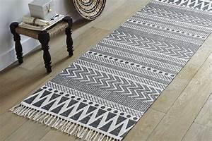 Tapis Berbere Ikea : o trouver un tapis black white h ll blogzine ~ Teatrodelosmanantiales.com Idées de Décoration