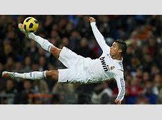 Cristiano Ronaldo Bicycle Kicks Himself In The Face – Sick