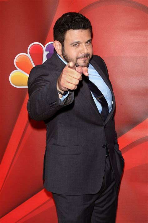 food fighters    food fighters host adam richman