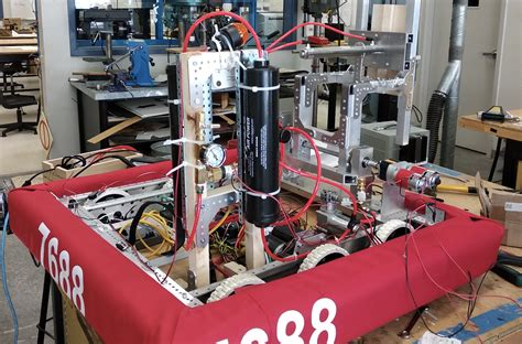 students build industrial sized robot compete world stage
