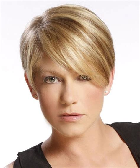 15 photo of short hairstyles for fine hair and oval face