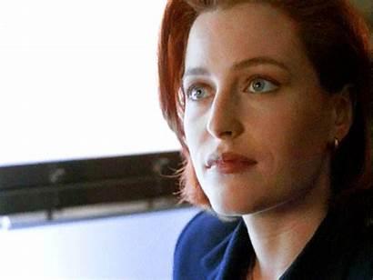 Anderson Gillian Shrug Eye Scully Change Rolls