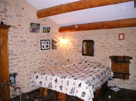 chambre d hotes grignan chambre hotes richerenches chambre rondins locations à
