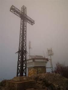 La Poste St Loup : photo la croix au sommet du pic saint loup ~ Dailycaller-alerts.com Idées de Décoration