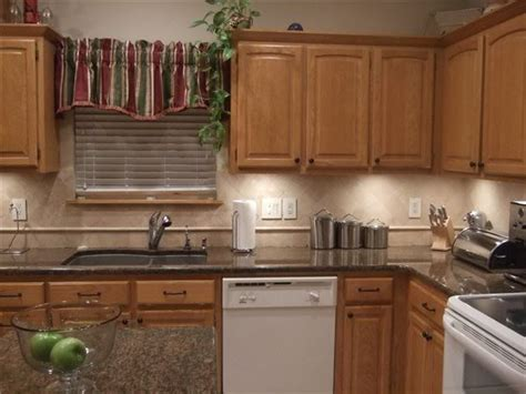 Where Can I Find Kitchen Cabinets by Find Cheap Kitchen Cabinet Counter Tops Small House