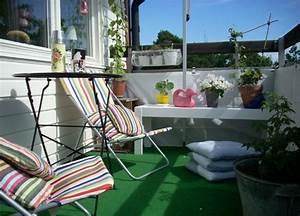 Rasenteppich Für Balkon : 40 ideen f r attraktive balkon gestaltung f r wenig geld ~ Eleganceandgraceweddings.com Haus und Dekorationen