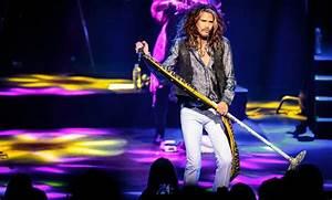 The Light Fest Las Vegas 2019 Aerosmith S Steven Tyler Goes His Own Way At The Venetian