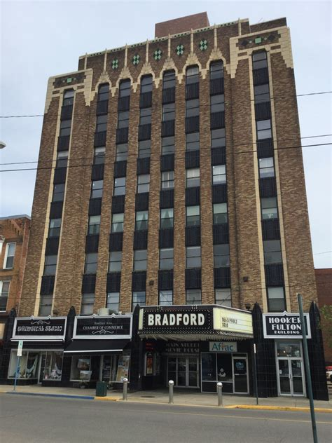 LandmarkHunter com Bradford Theater