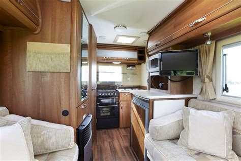 Kimberley Kruiser Youtube by Caravans From Inside With Luxury Style In Canada