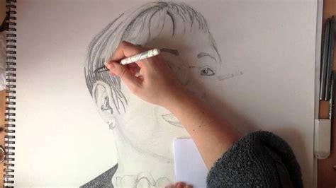 dessiner  portrait crayon  papier youtube