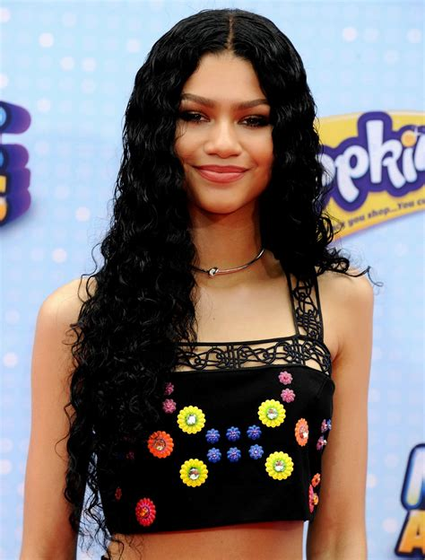 Zendaya Straight Hairstyles   Hairstyles Ideas
