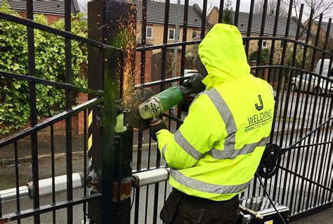 Gate Repairs to keep them operating effectively and safely