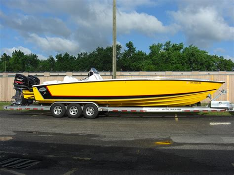 Older Cigarette Boats For Sale by Older Go Fast Center Consoles Who Made Them The Hull