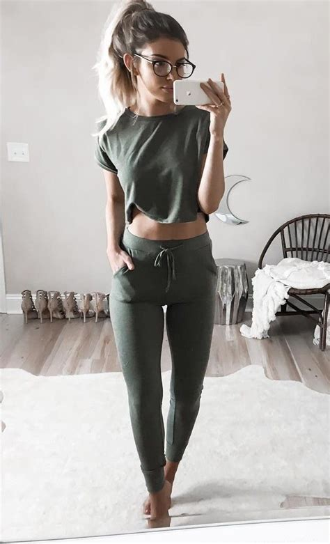 Best 25+ Sporty outfits ideas on Pinterest | Athletic outfits Sporty style and Nike outfits
