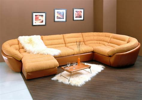 canapé en cuire le canapé d 39 angle convertible en beige